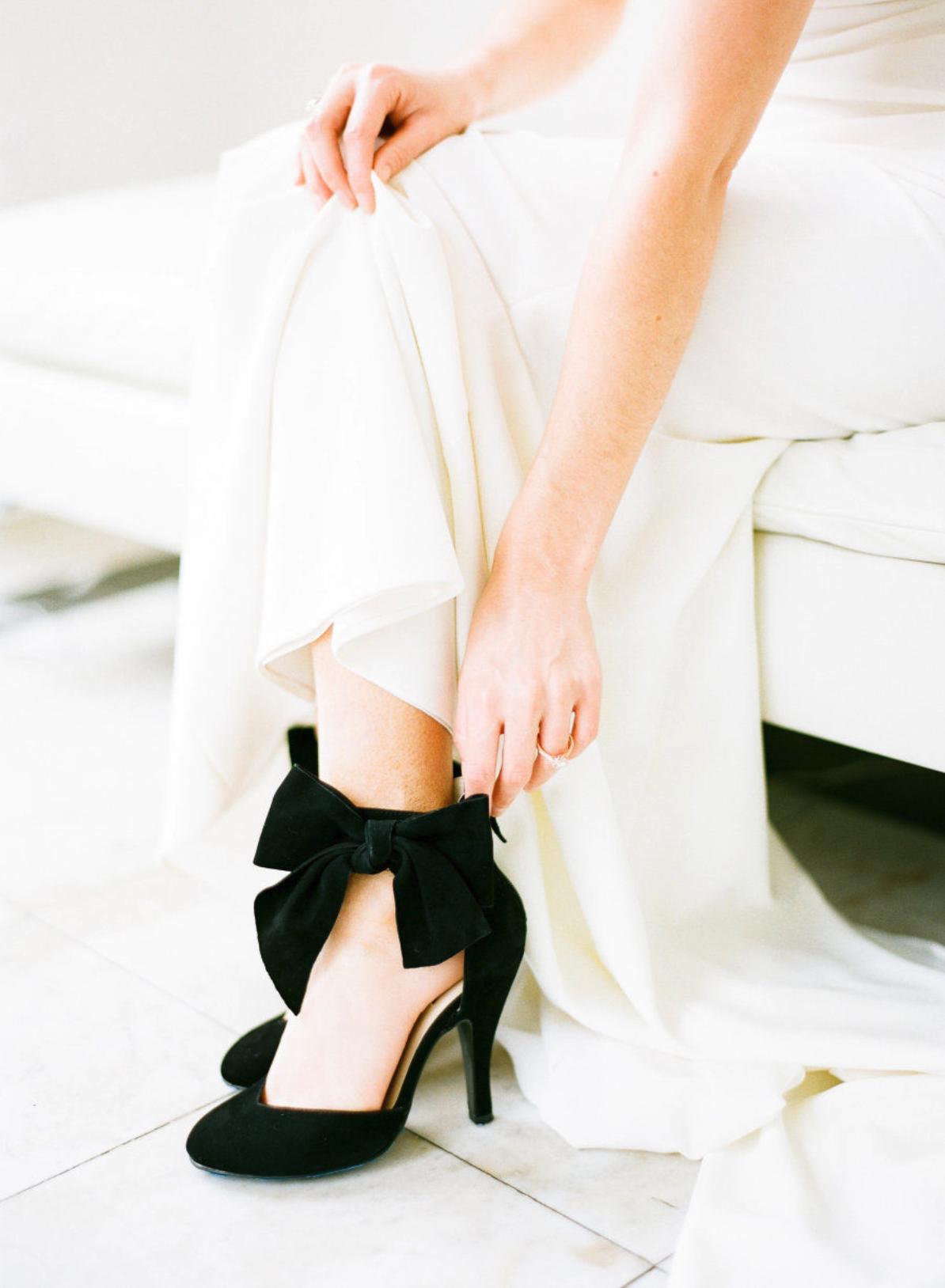 Modern Melrose Mansion Wedding Inspiration