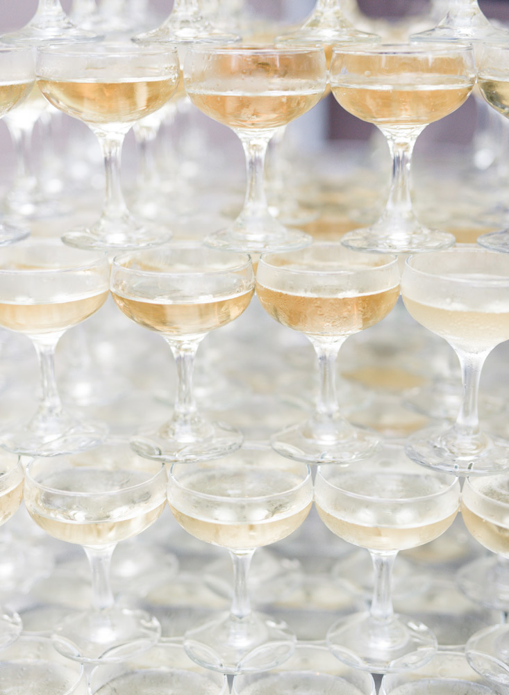 Campagne tower | wedding toast tips
