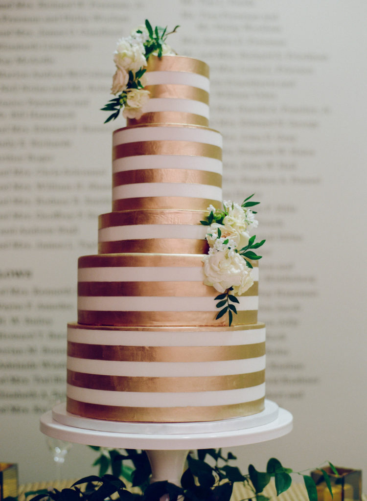 New Orleans Wedding Cake by Chasing Wang